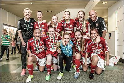 Vinnare F16 2014 - Holmalunds IF Röd